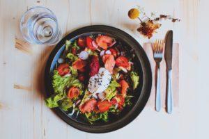 Josephine Soulfood Großer Salat mit Lachs